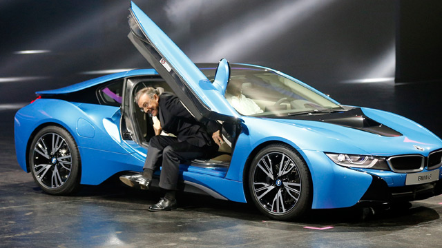 bmw i8 hybridsportler mit stolzem preis und top aerodynamik. Black Bedroom Furniture Sets. Home Design Ideas
