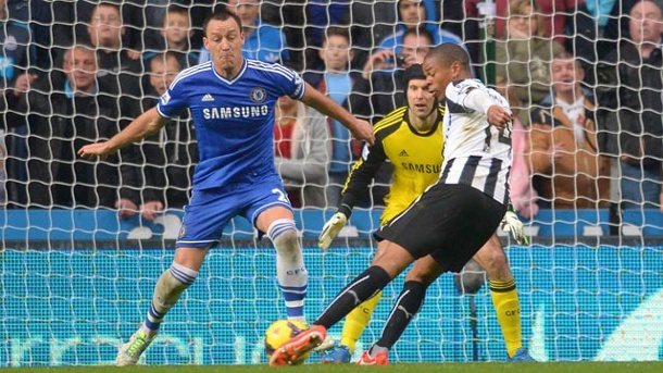 FC Arsenal in Topform - FC Chelsea patzt bei Newcastle United.  (Quelle: imago/Sportimage)