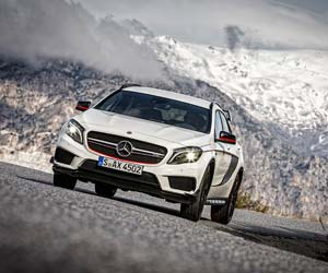 Mercedes-Benz GLA 45 AMG. Enge Serpentinen - kein Problem für die Sonderedition des High-Performance-SUV Mercedes-Benz GLA 45 AMG. (Quelle: Mercedes Benz)