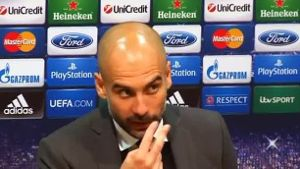 Guardiola weist Journalisten zurecht (Screenshot: Reuters)