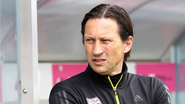 roger schmidt wird neuer trainer bei bayer leverkusen. Black Bedroom Furniture Sets. Home Design Ideas