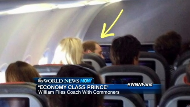 Prinz William fliegt Economy Class statt Königsklasse. Prinz William fliegt nicht Königsklasse.  (Quelle: world news)