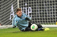 Tor: Ron-Robert Zieler (Hannover 96, 25 Jahre) (Quelle: imago images/Revierfoto)