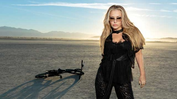 "CD-Kritik: Anastacia mit ""Resurrection"". Anastacia mit ""Resurrection"" (Quelle: BMG / Rough Trade)"