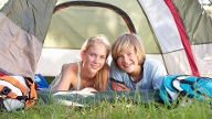 Camping macht Spaß! (Quelle: Thinkstock by Getty-Images)