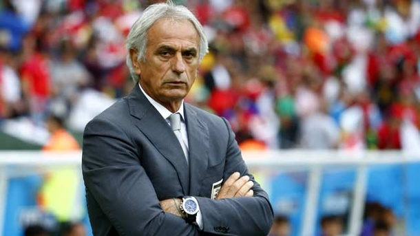 WM 2014: Algerien-Coach Halilhodzic teilt wieder aus. Der Bosnier Vahid Halilhodzic trainert das algerische Nationalteam seit 2011. (Quelle: imago images/Xinhua)
