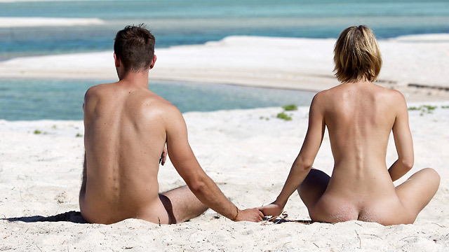 Nudism on a global scale
