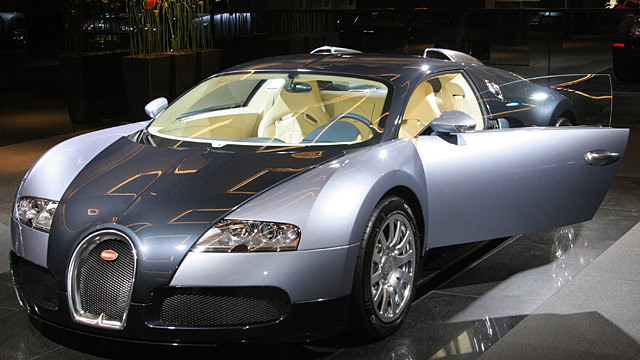 bugatti veyron gecrasht spektakul rer unfall war. Black Bedroom Furniture Sets. Home Design Ideas