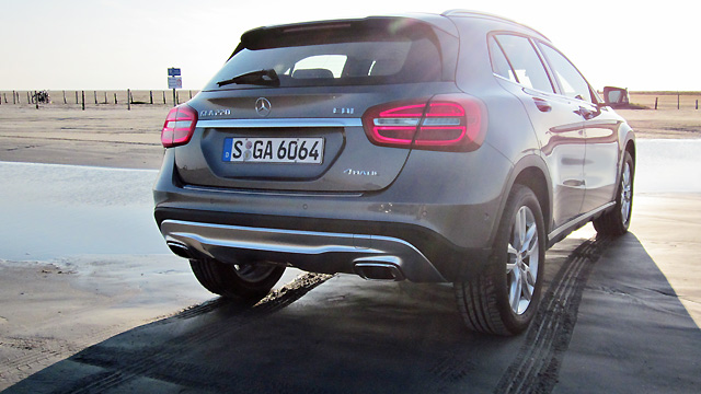 mercedes gla 220 cdi 4matic im test dynamiker unter den. Black Bedroom Furniture Sets. Home Design Ideas