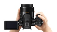 Panasonic Lumix DMC-FZ1000 (Quelle: Panasonic)
