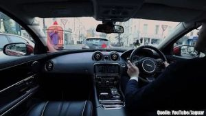 Mit Augmented Reality will Jaguar die Windschutzscheibe revolutionieren (Screenshot: Bit Projects)