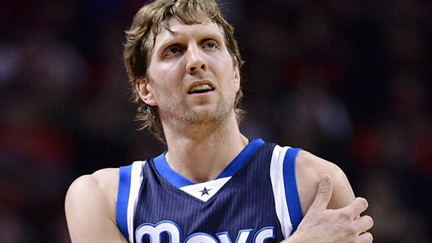 Top-Star Dirk Nowitzki lässt EM-Teilnahme offen. Dirk Nowitzki lässt seine Teilnahme bei der EM offen.  (Quelle: imago/UPI Photo)