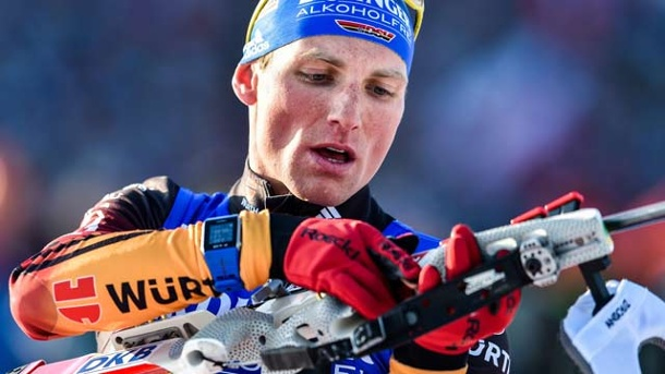 Biathlon: Lesser/Kummer verpassen Podest bei Single-Mixed-Staffel. Erik Lesser vergibt den Sieg bei der Premiere der Single-Mixed-Staffel am Schießstand. (Quelle: dpa)