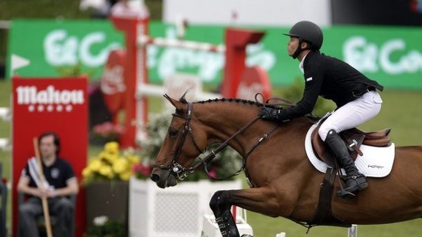 Pferdesport: Farrington gewinnt Champions-Tour-Springen in Hamburg. Kent Farrington in Aktion.