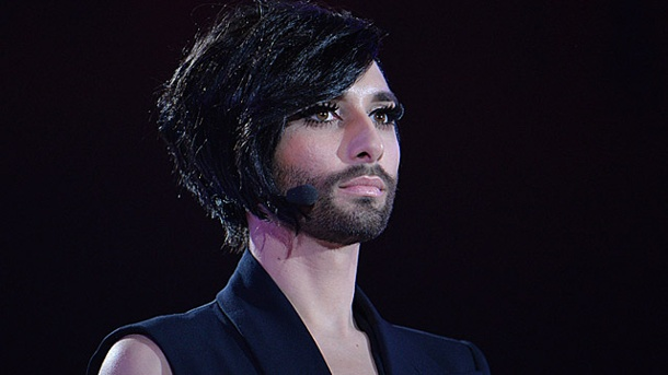 eurovision song contest 2015 conchita wurst tr gt flotten bob. Black Bedroom Furniture Sets. Home Design Ideas