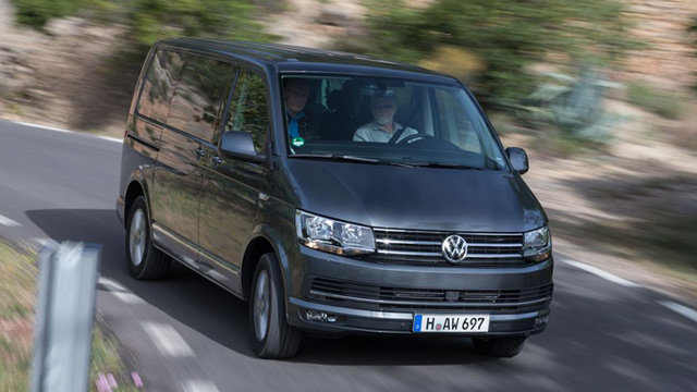 vw multivan t6 so f hrt der neue vw transporter. Black Bedroom Furniture Sets. Home Design Ideas