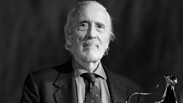 Christopher Lee im Alter von 93 Jahren in London gestorben. Christopher Lee (Quelle: dpa)