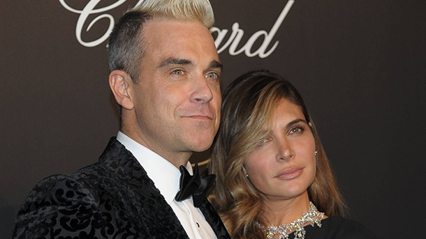 Robbie Williams zahlt hohen Preis für sein Familienglück. Robbie Williams ist glücklich als Familienmensch. (Quelle: imago/Independent Photo Agency)