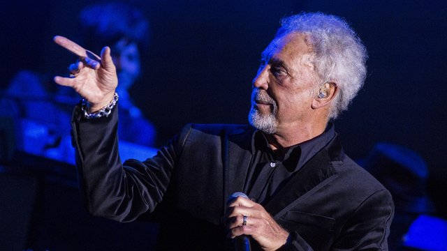 tom jones auf deutschland tour mit 75 noch vollblut entertainer. Black Bedroom Furniture Sets. Home Design Ideas