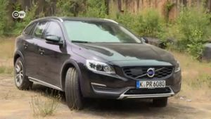 In der Praxis: Volvo V60 Cross Country. (Screenshot: Deutsche Welle)