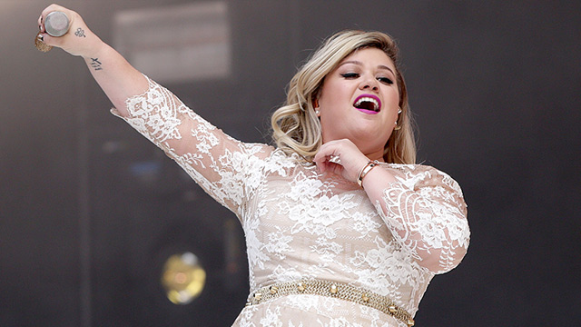 kelly clarkson ist schwanger zweites kind f r us s ngerin. Black Bedroom Furniture Sets. Home Design Ideas