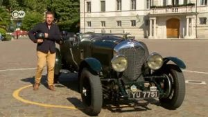 Brachiales Hubraummonster: Der Bentley 4 ½ im Portrait. (Screenshot: Deutsche Welle)