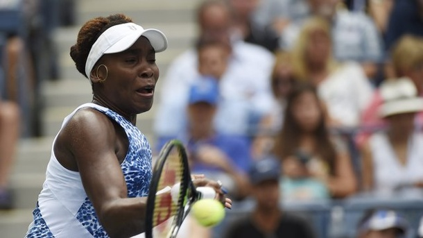 Tennis: Venus Williams spielt sich ins Achtelfinale der US Open. Venus Williams besiegte Belinda Bencic mit 6:3, 6:4.