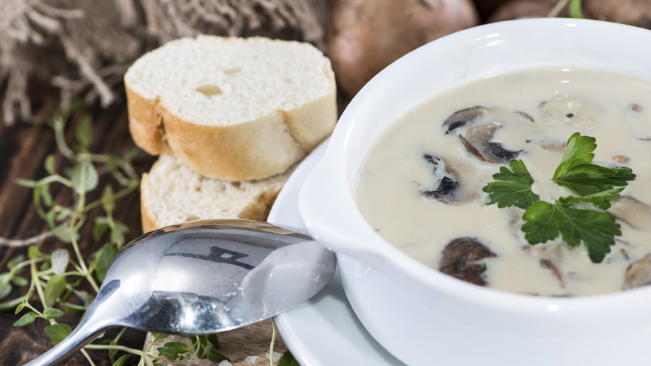 Champignon-Creme-Suppe  (Quelle: Thinkstock by Getty-Images)