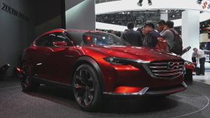 IAA: Mazda zeigt Crossover-Konzept KOERU. (Screenshot: Car News)