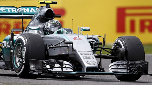 Formel 1 Japan: Rosberg nach heftigem Crash von Kvyat vorne. Nico Rosberg auf dem Suzuka International Racing Course. (Quelle: Reuters)