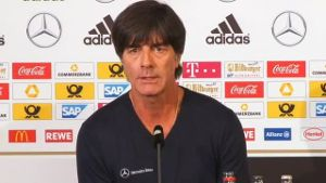 EM-Quali: Georgien für Jogi Löw 'kein Top-Team in Europa'. (Screenshot: Omnisport)