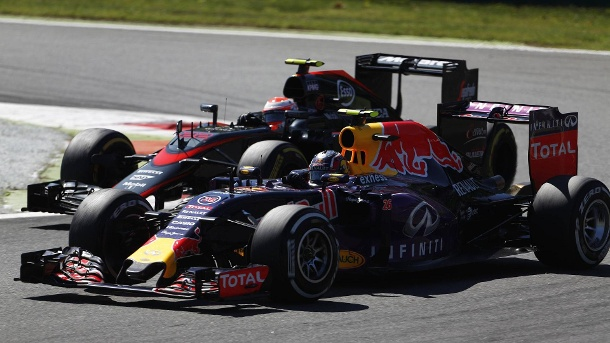 formel 1 red bull verhandelt mit honda wegen motor. Black Bedroom Furniture Sets. Home Design Ideas