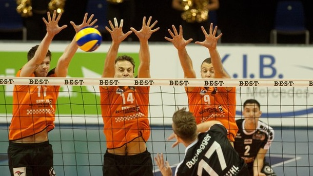 Volleyball - Champions League: Berlin Volleys verlieren in Belgorod. Das Team der Berlin Volleys verlor in der Champions-League klar beim russischen Spitzenteam Belogorie Belgorod.