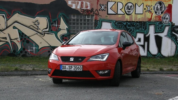 seat ibiza 1 0 eco tsi fr im test voll vernetzter kleinwagen. Black Bedroom Furniture Sets. Home Design Ideas