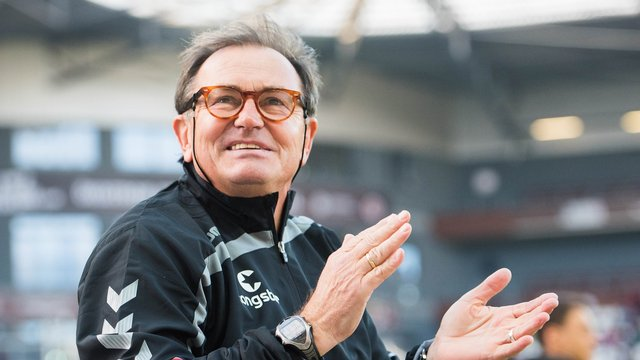 ewald lienen h lt fc st pauli noch nicht f r ein spitzenteam. Black Bedroom Furniture Sets. Home Design Ideas