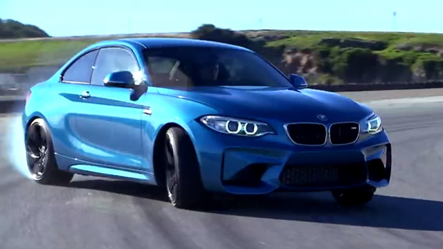 Rennsport-Technik hält den BMW M2 Coupé in der Spur. (Screenshot: ADAC)
