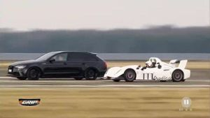 Power-Challenge: Getunter Audi RS 6 vs. Radical SR3 SL. (Screenshot: RTL2)