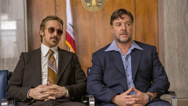 """The Nice Guys"" mit Ryan Gosling und Russell Crowe. Zwei Privatdetektive, ein Auftrag: Ryan Gosling (l) und Russell Crowe in ""The Nice Guys"". (Quelle: Concorde)"