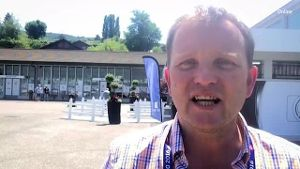 EM-Reporter Thomas Tamberg in Evian. (Screenshot: t-online.de