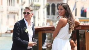 Schweinsteiger heiratet Ivanovic in Venedig. (Screenshot: Omnisport)