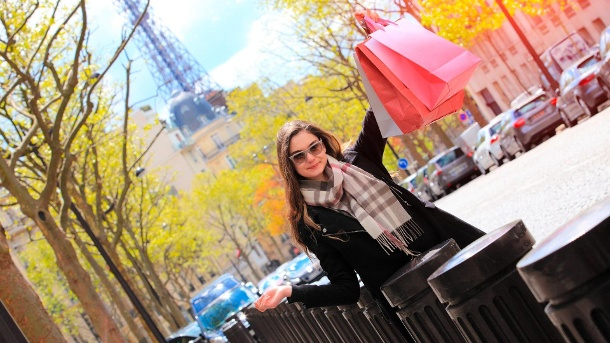 Shopping in Paris: günstig shoppen und einkaufen.  (Quelle: Thinkstock by Getty-Images)