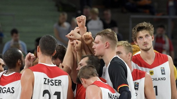 Basketball - EM-Quali-Start in Kiel: Deutsche Basketballer legen los. Die deutschen Basketballer starten gegen Dänemark in die EM-Quali.
