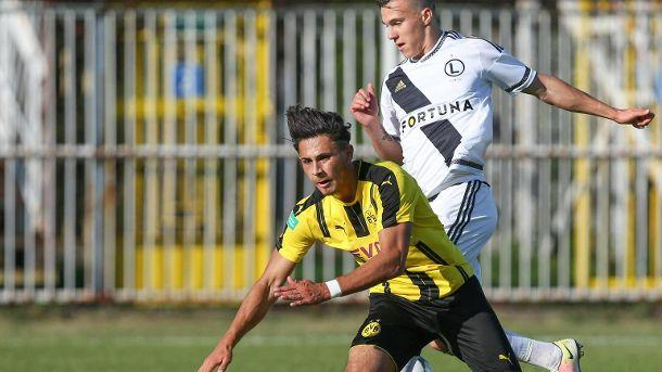 Youth League: Dario Scuderi vom BVB mit Horrorverletzung.  (Quelle: imago/Newspix)