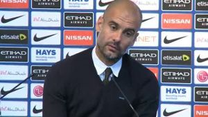 Guardiola angefressen: 'What the F**k?'. (Quelle: Omnisport)