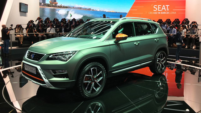 weltpremiere des seat ateca x perience video. Black Bedroom Furniture Sets. Home Design Ideas