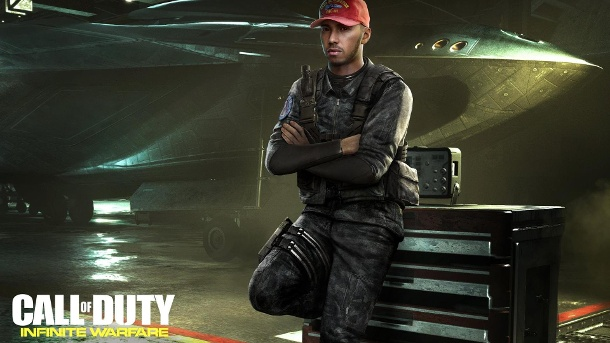 "Lewis Hamilton spielt in ""Call of Duty: Infinite Warfare"" mit. Formel 1-Star Lewis Hamilton spielt in Activisions Call of Duty: Infinite Warfare mit. (Quelle: Activision)"