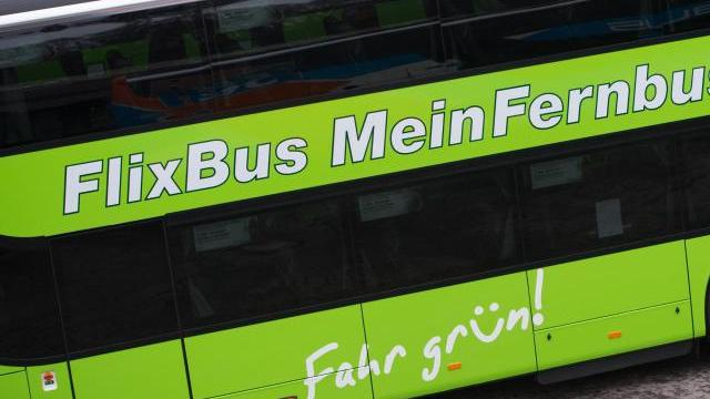 flixbus berlin und hamburg im 20 minuten takt verbinden. Black Bedroom Furniture Sets. Home Design Ideas
