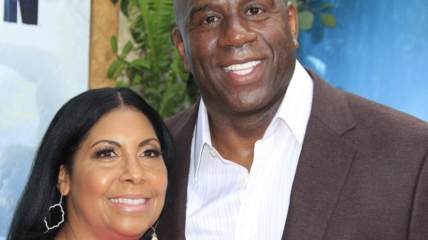 Basketball: Magic Johnsons Leben mit dem HI-Virus. Magic Johnson und seine Frau Cookie.