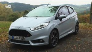 Rasant: Ford Fiesta ST200. (Screenshot: Deutsche Welle)