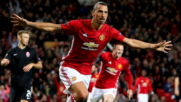 Premier League immer reicher: TV-Deal mit chinesischem Online-Dienst. Zlatan Ibrahimovic von Manchester United ist einer der Superstars in der Premier League. (Quelle: imago/Sportimage)